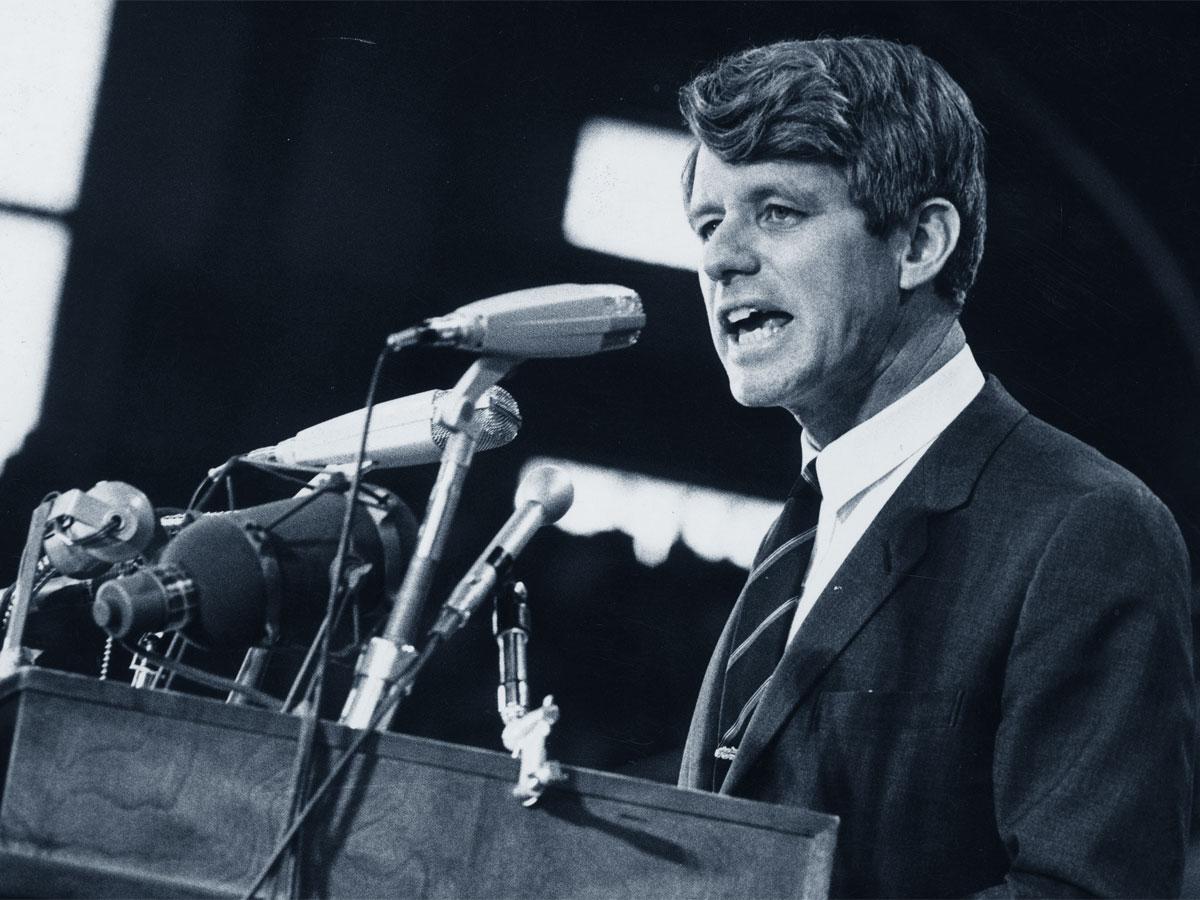 Cinquant'anni fa veniva ucciso Bob Kennedy. Di Giampiero Vargiu